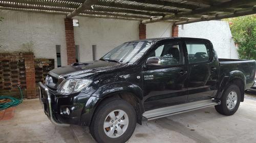 permuto toyota hilux 2011 diesel srv 3.0 descuenta iva