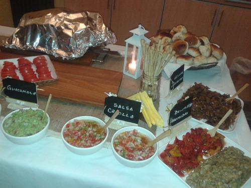 pernil de cerdo + salsas + panes 20 personas envio eventos