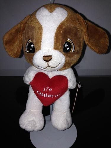 perrito de  peluche con corazon $190.00