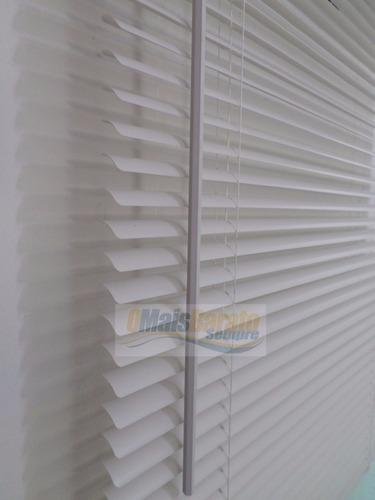 persiana horizontal pvc cortina 163 (l) x 163 cm branca 160