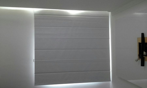 persiana romana  c\ blackout 2,40 l x 2,20 r$ 795,00