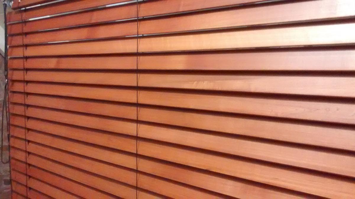 Persiana de madera exterior persianas de madera exterior for Persianas madera
