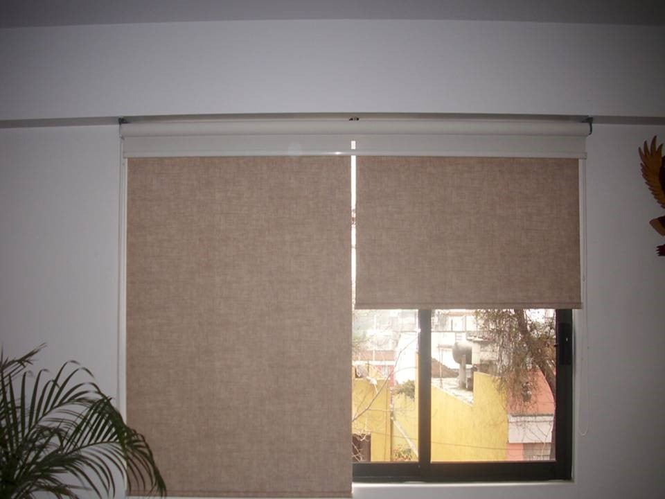 Oferta persianas cortinas enrollables o romanas 299 m2 10 for Persianas de plastico enrollables