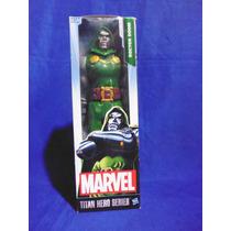 Figura Dr Doom Marvel Avengers