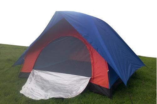 personas camping carpa carpa