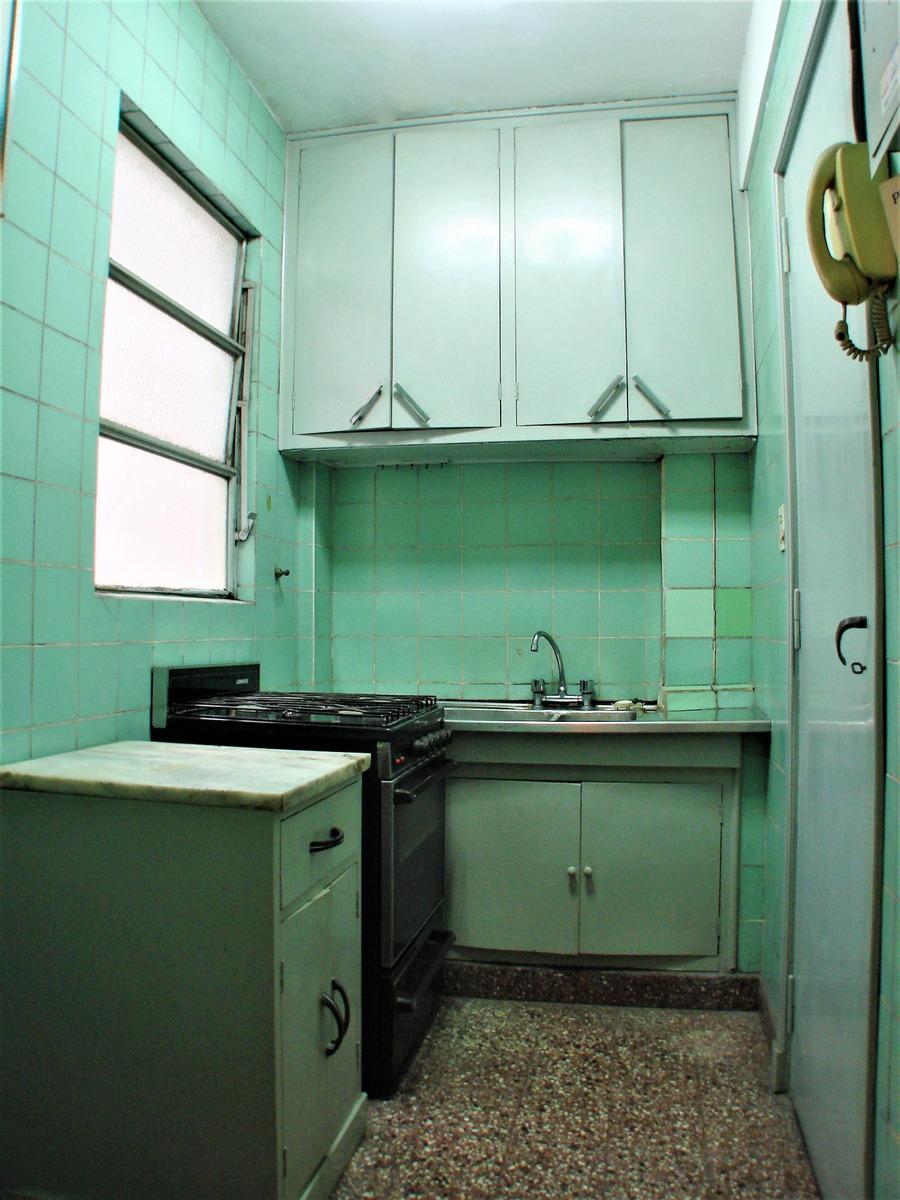 perú 1200 - departamento 3 ambientes con balcón