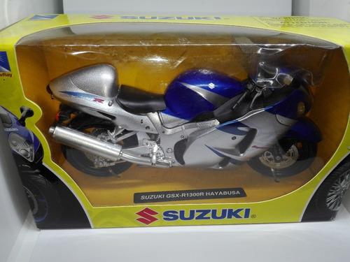 perudiecast moto suzuki gsx-r1300r hayabusa escala 1:12