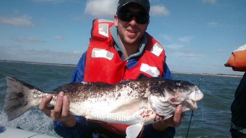 pesca embarcado   $ 900 todo incluido