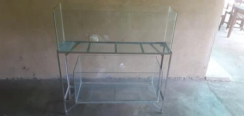pesceras de vidrio con su base.
