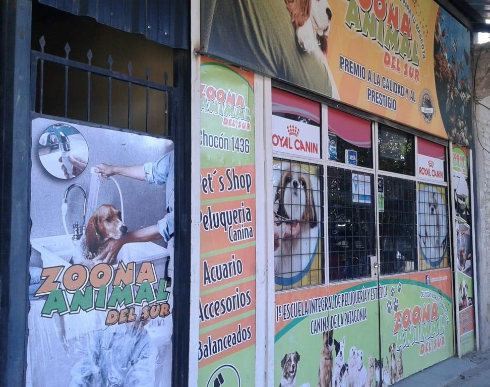 pet shop y centro de estética y peluquería canina.