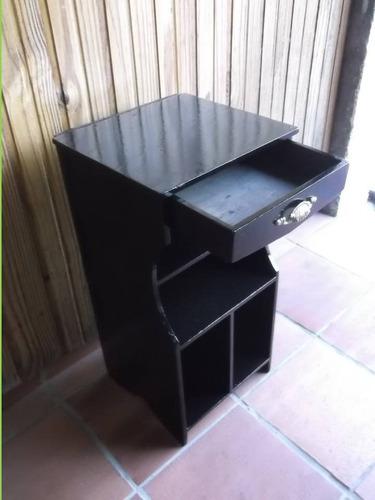 petit mueble antiguo, pieza única, fina terminación