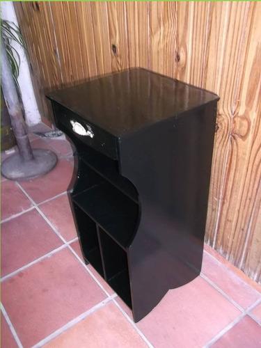 petit mueble antiguo, pieza única, fina terminación-r