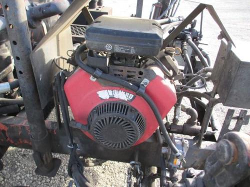 petrolizadora esparcidora asfalto con barra esprayadora 1500