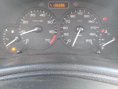 peugeot 2003  carros financiados com score baixo