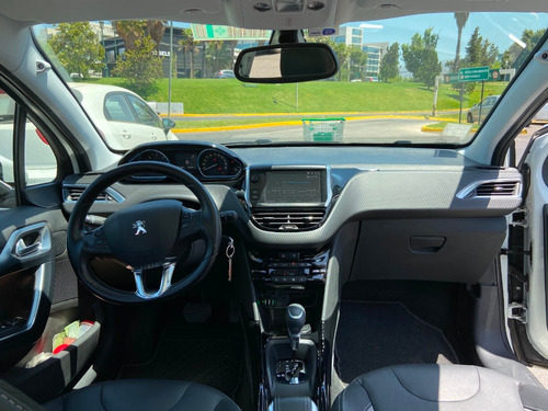 peugeot 2008 1.5 bluehdi 120 hp auto allure 2019