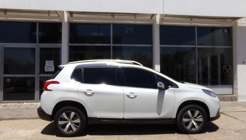 peugeot 2008 1.6 thp m/t 6 vel. año 2017 impecable!