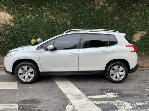 peugeot  2008  1.6allure business flex automático 2017