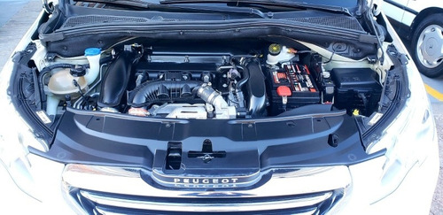 peugeot 2008 griffe 2016 1.6 turbo permuto financio!!