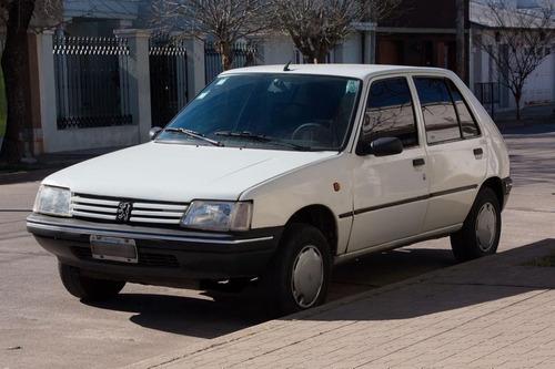 peugeot 205 gld 1999