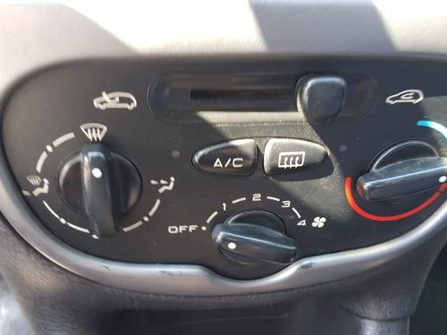 peugeot 206 1.4 // aire y direccion // permuto moto auto