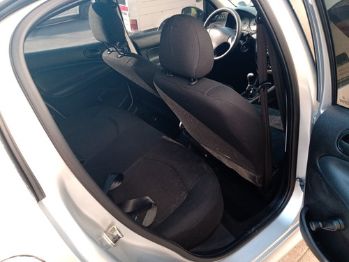 peugeot 206 1.4 comfort 75cv 2012