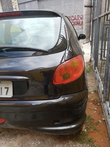 peugeot 206 2005 1.4 feline 5p