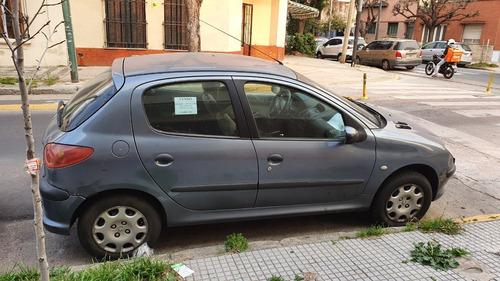 peugeot 206 año 2006 - 5 puertas