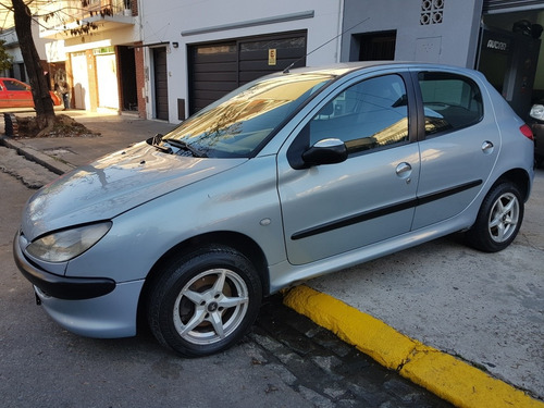 peugeot 206 xr con a/a y d/h doble airbag