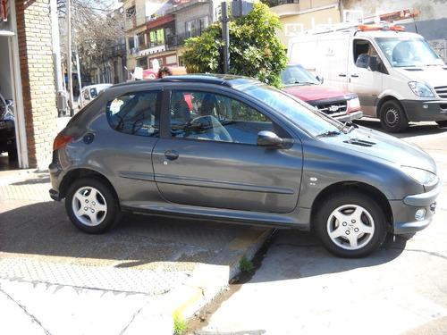 peugeot 206  xs premium 2006  3 ptas naf 1.6 azulado