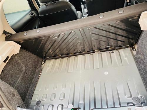 peugeot 207 1.4 sedan xr 2010
