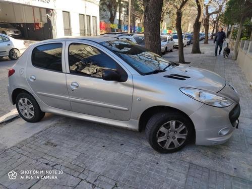 peugeot 207 1.4 sedan xr 2012