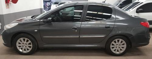 peugeot 207 1.4 sedan xs