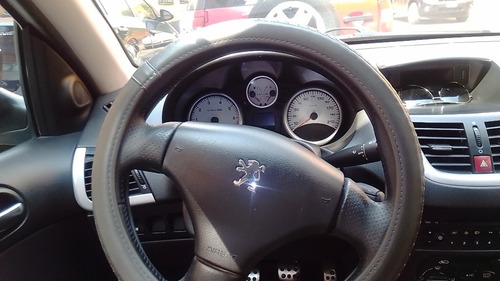 peugeot 207 1.6 compact 5p trendy at 2011