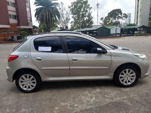 peugeot 207 1.6 sedan xt 2010