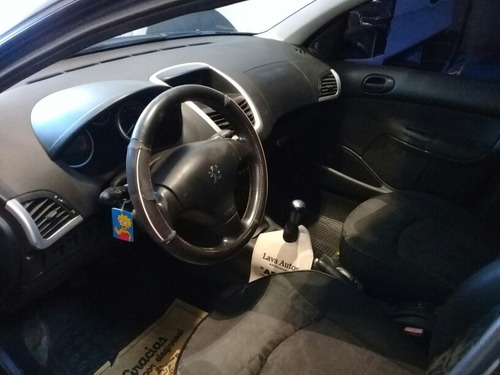 peugeot 207 1.9 sedan xs 2010