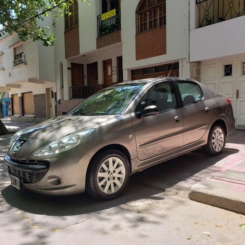 peugeot 207 2.0 sedan xt hdi premium 2009 permuto