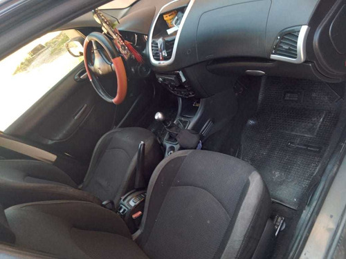 peugeot 207 2011 1.6 sedan xt