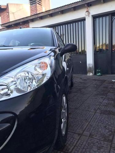 peugeot 207 5 puertas negro