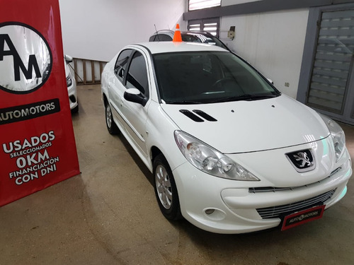 peugeot 207 compact 1.4 hdi 4p allure 2013