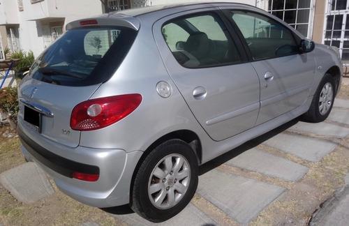 peugeot 207 compact 2009, automático, gris