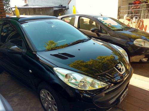 peugeot 207 compact 2011