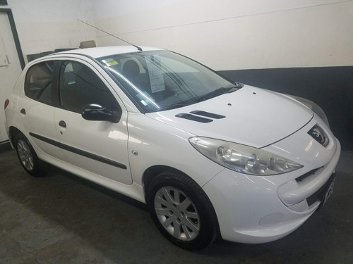 peugeot 207 compact active 1.4 5puertas muy lindo!  (aes)