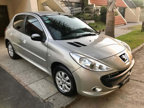 peugeot 207 compact compact xs 1.4 5p