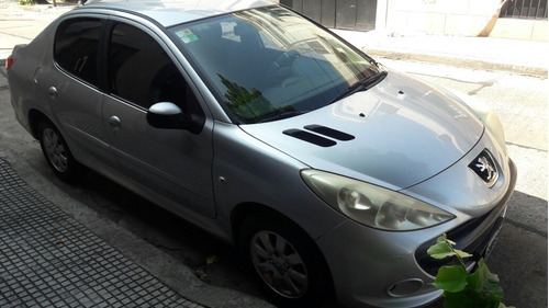 peugeot 207 compact compact xs 1.4