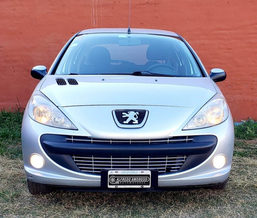 peugeot 207 compact hdi 1.4 diesel 5 pts. 2011 nuevo