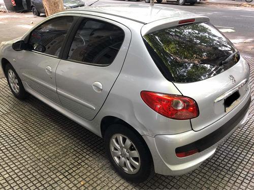 peugeot 207 compact xs 1.4 2011