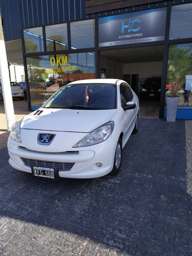 peugeot 207 compact xs 1.4 año 2011