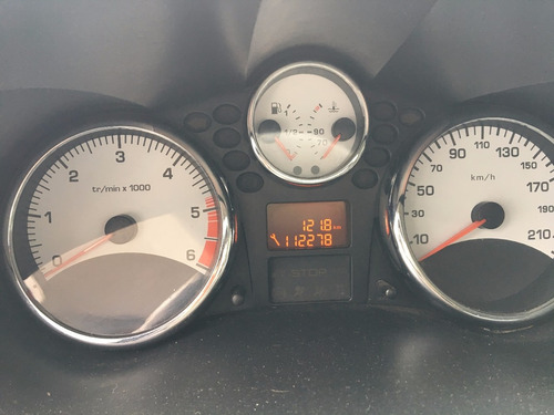 peugeot 207 compact xt 1.4 hdi 2011