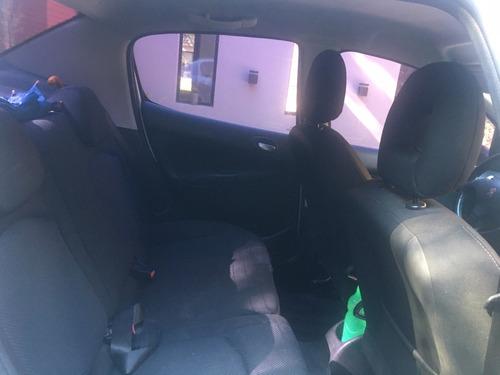 peugeot 207 compact xt 1.6 sedan