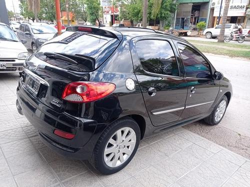 peugeot 207 compact xt  2011 ( el mas full)